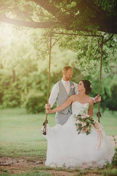 Bride and groom on a swing Rustic Wedding Alter, Rustic Wedding Colors, Rustic Wedding Gowns, Rustic Wedding Photos, Wedding Couple Photos, Summer Wedding Colors, Wedding Pictures, Rustic Weddings, Romantic Weddings
