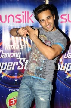 Pulkit Samrat promoting his 2013 film, Fukrey at the Zee TV show Dancing Superstars. Bollywood Actors, Bollywood Celebrities, Height And Weight, Superstar, Girlfriends, Tv Shows, Celebs, Actresses, Dance
