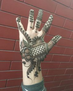 Best 10 Image may contain: 1 person Arabic Bridal Mehndi Designs, Rose Mehndi Designs, Mehndi Design Images, Mehndi Designs For Hands, Simple Mehndi Designs, Mehndi Art, Henna Mehndi, Mehendi, Simple Henna Patterns