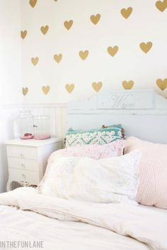 Aliexpress.com : Buy gold color available!! little Hearts Wall Sticker, Removable home decoration art Wall Decals Free Shipping from Reliable decals stripes suppliers on 900D | Alibaba Group