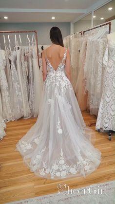 Top Wedding Dresses, Stunning Wedding Dresses, Wedding Dress Trends, Lace Dresses, Bridal Dresses, Vintage Dresses, Prom Dresses, Wedding Ideas, Sleeveless Wedding Dresses
