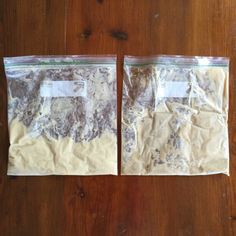 Compare two bags of Amish Friendship Bread starter side-by-side to figure out which one's good and which one's gone down the path of no return. Friendship Bread Recipe, Friendship Bread Starter, Amish Friendship Bread, Sourdough Bread Starter, Yeast Starter, Amish Recipes, Fun Baking Recipes, Bread Recipes, Dough Starter Recipe