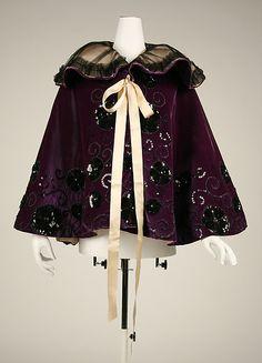 Evening cape Date: 1894–98 Culture: American or European Medium: silk Accession Number: 49.3.15