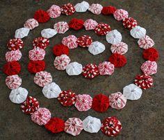 Keep'n The Sunny Side: Yo Yo Christmas garland