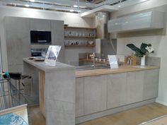 meuble de cuisine delinia, composition type loft, gris effet béton