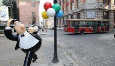 Buenos Aires no es sólo tango. Porteños y turistas disfrutan del Museo del Humor en el edificio de la vieja Cervecería Munich . Construcción de 1927 (Av. de los Italianos 851). La ruta del humor se puede caminar desde aquí y continuar por el Paseo de la Historieta.Las esculturas de nuestros personajes de tiras cómicas ponen color y humor a los barrios de San Telmo, Monserrat y Madero