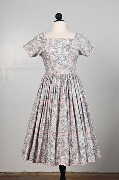 1950s Vintage Dress Pale Pink and Gray Floral by French Raven on Etsy