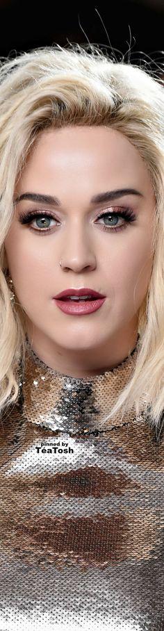 ❇Téa Tosh❇ Katy Perry, Grammys 2017.