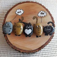 """Find and save images from the """"Kreativ - Rock / Stone / Pebble Art"""" collection by Gabis Welt :) (gabi_zitzen) on We Heart It, your everyday app to get lost in what you love. Pebble Painting, Pebble Art, Stone Painting, Cat Crafts, Diy And Crafts, Arts And Crafts, Stone Crafts, Rock Crafts, Wood Slice Crafts"""