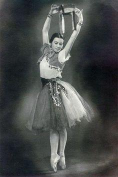 Tatiana Vecheslova Vintage Ballet, Vintage Dance, Russian Ballet, Ballet  Photography, Ballet Costumes ffa3f9ca89