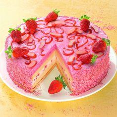 Rhabarber-Joghurt-Torte -  Eine sommerliche Joghurt-Torte mit Rhabarber
