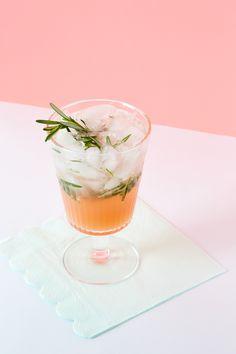 Recipe: Sparkling Grapefruit Rosemary Mocktail — 3-Ingredient Recipes