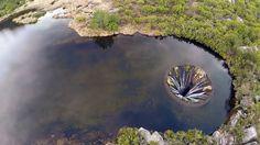 Lagoa dos Conchos.Serra da Estrela. Pequena barragem que desvia as águas da ribeira das Naves para a albufeira da Lagoa Comprida através.