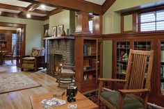 Craftsman Design & Renovation Kidder House Remodel (fiction) Upstairs living space at Librarian's family home. Craftsman Style Interiors, Craftsman Living Rooms, Craftsman Decor, Bungalow Interiors, Craftsman Furniture, Craftsman Interior, Bungalow Homes, Craftsman Style Homes, Craftsman Bungalows