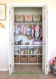 Find the best Nursery Closet organization ideas! Get the top storage and / or organization ideas to make your nursery clutter free and tidy. Unique and creative Nursery Closet storage ideas Bedroom Closet Storage, Nursery Closet Organization, Home Organization, Clothing Organization, Organizing Ideas, Book Storage Kids, Organization Ideas For Bedrooms, Kids Closet Storage, Childrens Bedroom Storage