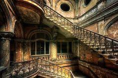 Beauty of the past by Pati Makowska on 500px