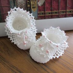 These cute crochet shoes will be a great addition to any baby girl wardrobe. Made with cotton yarn. Might be used for a Baby Blessing, Christening or a special occasion. To fit age approx months, length of sole 8 cm. Crochet Girls, Crochet Art, Crochet For Kids, Booties Crochet, Crochet Slippers, Baby Booties, Baby Knitting Patterns, Baby Patterns, Crochet Patterns