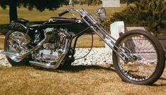 This is the original version in If you look closely at the rockers on the springer you will see they are straight cut. Vintage Bikes, Vintage Motorcycles, Custom Motorcycles, Custom Bikes, Vintage Cars, Custom Choppers, Harley Davidson Chopper, Harley Davidson Motorcycles, Old School Chopper