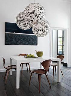 esstisch weißes design braune stühle