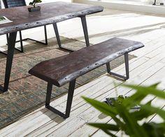 Sitzbank Live-Edge 135x40 Akazie Tabak Gestell schräg Baumkante Möbel Stühle…