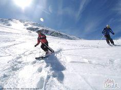 Skiing (Lleida Pyrenees-Spain)