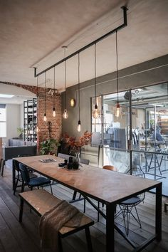 Discover recipes, home ideas, style inspiration and other ideas to try. Lampe Industrial, Industrial Style Kitchen, Industrial Living, Industrial Bedroom Furniture, Industrial Bathroom Design, Industrial Style Lighting, Bathroom Design Small, Living Room Lighting Design, Living Room Decor