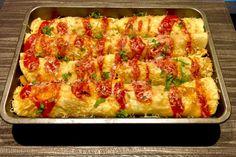 Naleśniki zapiekane z mięsem i warzywami - Blog z apetytem Aga, Finger Foods, Vegetable Pizza, Quiche, Zucchini, Dinner Recipes, Food And Drink, Cooking Recipes, Dishes