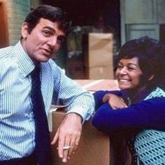 Mannix - (1967-1975). Starring: Mike Connors, Gail Fisher, Ward Wood, Robert Reed, Larry Linville, Jack Ging and Joe Mantell.