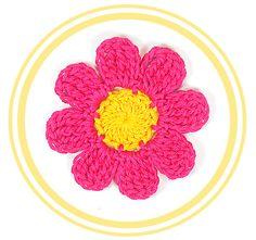 > Descripción Bonita y fácil flor de ocho pétalos a crochet. Perfecta para decorar cualquier tejido o manualidad. Por su tamaño es fácilm...