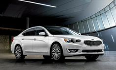 Kia Cadenza Premium Luxury Car in Snow White Pearl