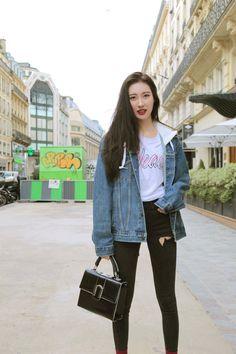 Sunmi Airport Fashion Kpop, Kpop Fashion, Korean Fashion, Girl Fashion, Kpop Outfits, Chic Outfits, Girl Outfits, Fashion Outfits, Kpop Girl Groups