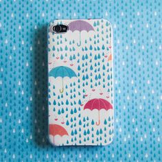DIY customized iPhone case | DeSerres