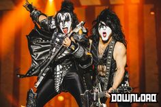Kiss!! Deadpool, Kiss, Punk, Superhero, Fictional Characters, Style, Fashion, Swag, Moda
