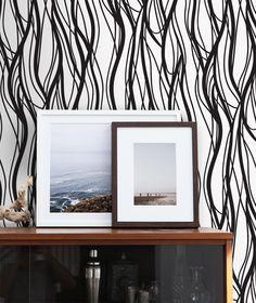 Black and white home decor idea. Modern interior, wavy lines peel&stick  wallpaper design. #blackandwhite #peelandstick #reusable #moderndecor #moderninterior #moderninteriordesign #interiordecor #walldecor #wallpaper #wallmurals #stylish #modern #abstract #pattern #patterndecor