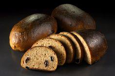 """Шведский хлеб представляет собой подовые батончики весом 200 грамм. Размеры хлеба – длина 205 мм, ширина 75 мм. В отличии от многих других рецептур из """"350-ти сортов..."""",…"""