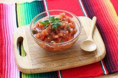Comment faire une salsa de tomates ? . Retrouvez les plus belles photos sur le thème de la cuisine dans les diaporamas de 750 grammes. Ici : Comment faire une salsa de tomates ? .