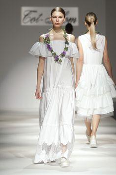 Tot-hom_SS16 #tothom #pretaporter #elegancia #modamujer #moda #fashion #desfile #ss16 #Barcelona #Madrid #tendencia #model #pantalon #vestido #oversize #coloresvivo #desfiletothom
