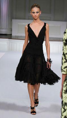 Oscar De La Renta Black Dresses