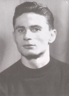 Geza Gulyas,Hungarian football goalkeeper,played in the 1954 World Goalkeeper, World Cup, 1, Football, History, Sports, Legends, Google, Hungary