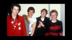 web-use-c-32-sex-pistols-smiling-1977-gruenat72-5jul.jpg (624×351)