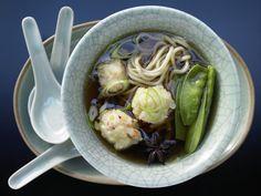 Garnelen-Nudel-Suppe - mit knackigen Zuckerschoten - smarter - Kalorien: 320…