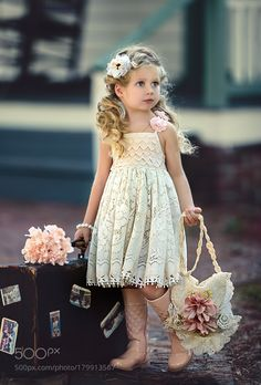 Fashion shot for Hopeless Romantic Dress. Beautiful Little Girls, Cute Little Girls, Beautiful Children, Cute Kids, Little Girl Dresses, Girls Dresses, Flower Girl Dresses, Outfits Niños, Kids Outfits