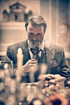 ' — Connaisseur Gentleman's Essentials Hannibal Tv Series, Nbc Hannibal, Hannibal Lecter, Elegant Man, Hugh Dancy, Mads Mikkelsen, Suit And Tie, Gentleman Style, Attractive Men