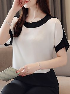 Womens tops and blouses fashion 2019 chiffon blouse plus size ladies tops shirts Solid Short O-Neck Batwing Sleeve 3397 50 Blouse Styles, Blouse Designs, Hijab Styles, Head Clothing, White Short Sleeve Blouse, Summer Blouses, Plus Size Blouses, Fashion Tips For Women, Types Of Sleeves