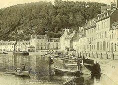 Chalands du canal à Port-Launay