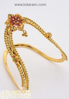Totaram Jewelers: Buy 22 karat Gold jewelry & Diamond jewellery from India: Baby Arm Vanki Vanki Designs Jewellery, Jewelry Design, Pendant Jewelry, Gold Jewelry, Diamond Jewellery, Trendy Jewelry, Fashion Jewelry, Gold Arm Cuff, Gold Ring Designs