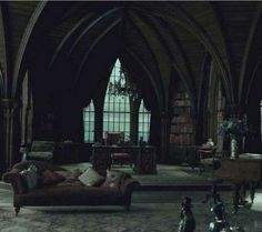 Image about green in Harry Potter aes: Slytherin🐍 by Strawberry Slytherin House, Slytherin Pride, Slytherin Aesthetic, Harry Potter Aesthetic, Hogwarts Houses, Ravenclaw, Gothic Interior, Gothic Home Decor, Interior Design