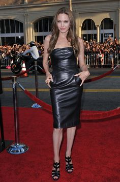 "Angelina Jolie - ""Inglourious Basterds"" Premiere"