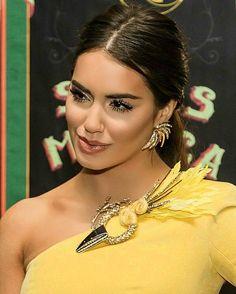 #Lali #PremiosGardel #PremiosGardel2017 #LalienlosPremiosGardel Shows, Actresses, Actors, Singers, Model, Spanish, Style, Fashion, Mariana