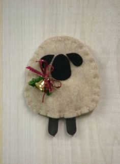 1000 images about i 39 m always looking for christmas for Sheep christmas ornament craft